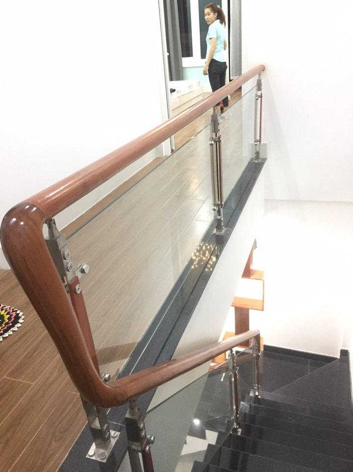 Cầu thang nhà ống