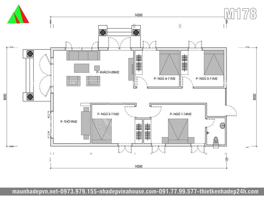 Bên trongnhà cấp 4được thiết kế theo yêu cầu riêng của gia đình, chỉ cần phòng khách, phòng thờ, 3 phòng ngủ thường và 1 phòng ngủ khép kín dành cho vợ chồng trẻ. Còn bếp ăn và khu vệ sinh giặt rửa gia đình sẽ làm riêng hẳn ở khu vực phía sau.