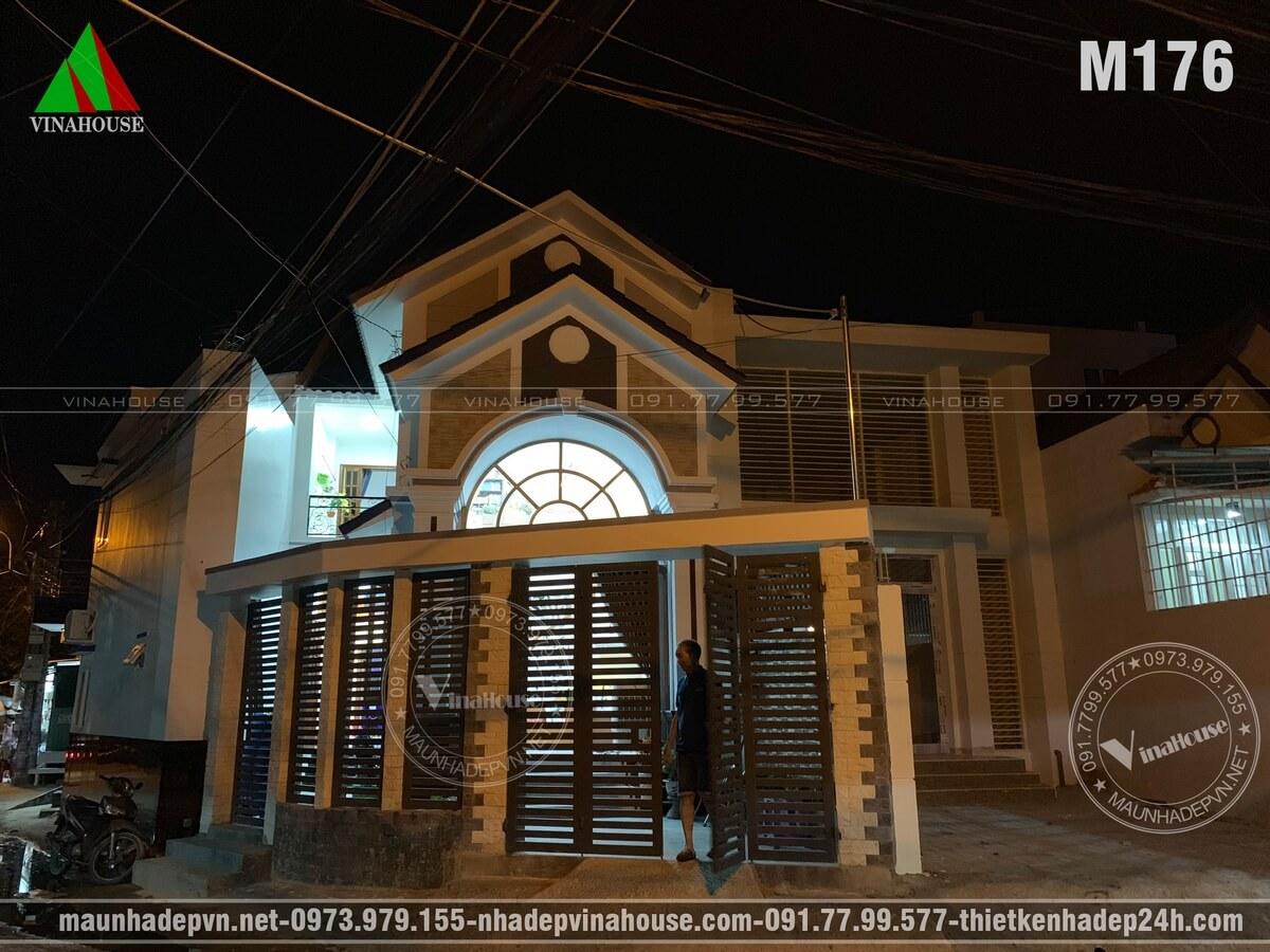 Nhà gác lửng mái thái 3 phòng ngủ góc nhìn ban đêm