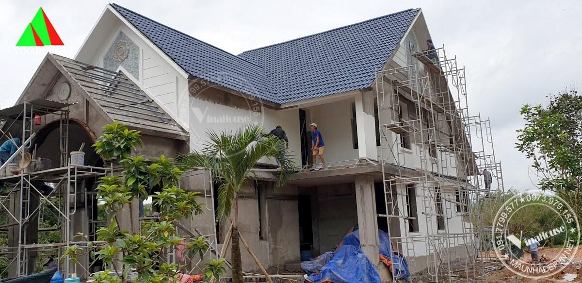 Hình ảnh thi công thực tế nhà lửng mái thái